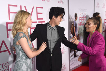 Cole Sprouse Lili Reinhart Premiere Of Lionsgate's 'Five Feet Apart' - Red Carpet