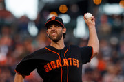 Madison Bumgarner #40 of the San Francisco Giants pitches against the Colorado Rockies during the second inning at AT&T Park on September 15, 2018 in San Francisco, California.