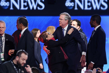 Columba Bush Republican Candidates Debate in New Hampshire Days Before State's Primary