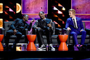 (L-R) Roastmaster Kevin Hart, rapper Snoop Dogg and honoree Justin Bieber onstage at The Comedy Central Roast of Justin Bieber at Sony Pictures Studios on March 14, 2015 in Los Angeles, California. The Comedy Central Roast of Justin Bieber will air on March 30, 2015 at 10:00 p.m. ET/PT.