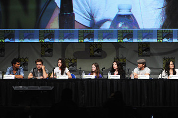 "Kristen Stewart Elizabeth Reaser Comic-Con International 2012 - ""The Twilight Saga: Breaking Dawn - Part 2"" Panel"