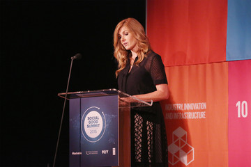 Connie Britton Celebs Attend the 2015 Social Good Summit - Day 1