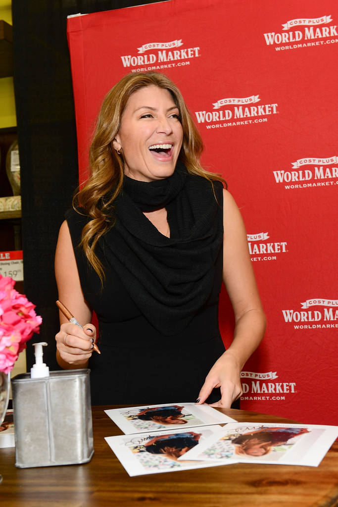Genevieve Gorder Bathroom Designs - Watch This Or That With ...