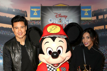 Courtney Laine Mazza Disney on Ice Presents Worlds of Enchantment Celebrity Guests (STAPLES Center Los Angeles)