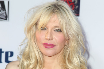 "Courtney Love Premiere Screening Of FX's ""Sons Of Anarchy"" - Arrivals"