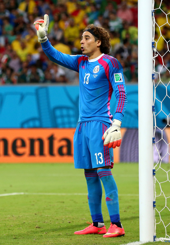 Guillermo ochoa photos photos croatia v mexico group a - Guillermo ochoa wallpaper ...