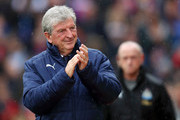 Roy Hodgson, Manager of Crystal Palace applauds fans prior to the Premier League match between Crystal Palace and Newcastle United at Selhurst Park on September 22, 2018 in London, United Kingdom.