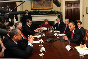Jamie Dimon DC : US Pres. Obama Meets With Financial Services Industry Members On Economy