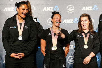 Dame Valerie Adams New Zealand Athletes Return From Commonwealth Games