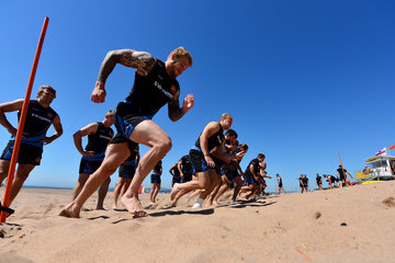Damian Welch Exeter Chiefs Training Session on the Beach