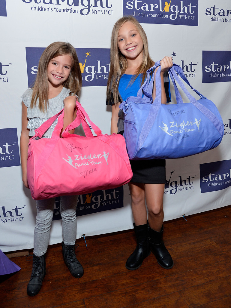 "Maddie Ziegler in ""Dance Moms"" Fan Meet And Greet ..."