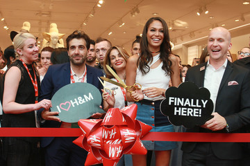 Daniel Kulle Joan Smalls Helps Celebrate Opening of First H&M in Puerto Rico