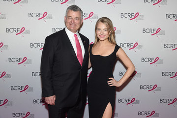 Danielle Lauder Breast Cancer Research Foundation Hot Pink Gala Hosted By Elizabeth Hurley - Arrivals