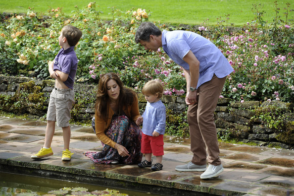 (L-R)  Prince Christian, Crown Princess Mary, Prince Vincent Frederik Minik Alexander and Prince Frederik of Denmark pose during a photocall for the Royal Danish family at their summer residence of Grasten Slot on July 20, 2012 in Grasten, Denmark.