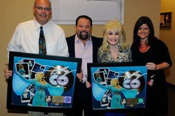 """Danny Nozell """"An Evening With... Dolly"""" Gold Celebration"""
