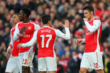 Danny Welbeck Olivier Giroud Arsenal v Middlesbrough - FA Cup Fifth Round