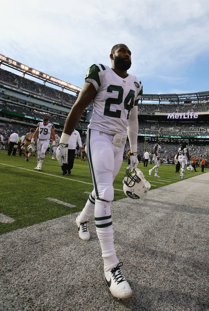 Darrelle+Revis+Philadelphia+Eagles+v+New+York+izcYS_05Mzdx.jpg