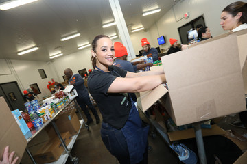 Dascha Polanco Food Bank For New York City's Done In A Day For MLK Presented By Barilla