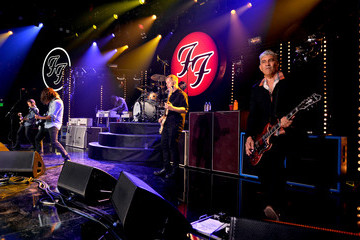 Dave Grohl Nate Mendel Foo Fighters Perform on the Honda Stage