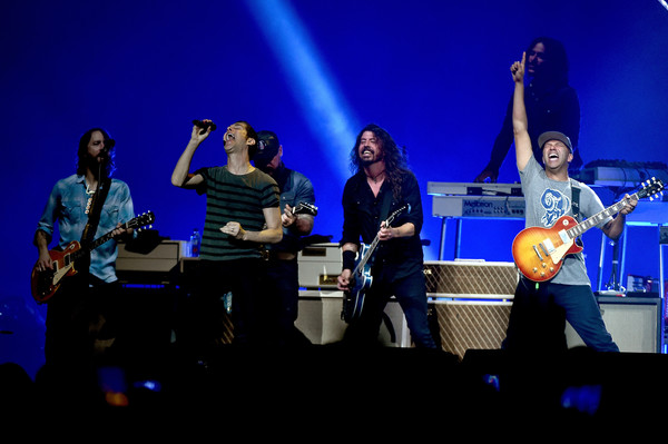 DIRECTV Super Saturday Night 2019 - Foo Fighters & Run The Jewels Performances [performance,entertainment,performing arts,music,music artist,concert,musician,event,stage,musical instrument,super,foo fighters,zac brown,dave grohl,rami jaffee,tom morello,chris shiflett,l-r,directv,run the jewels performances]