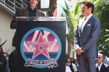 Barry Manilow Dave Koz Dave Koz Honored On The Hollywood Walk Of Fame
