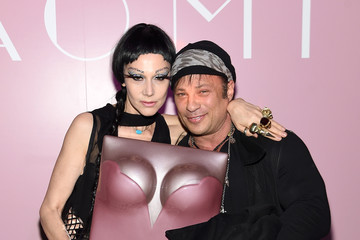 David Barton Marc Jacobs & Benedikt Taschen Celebrate NAOMI at the Diamond Horseshoe
