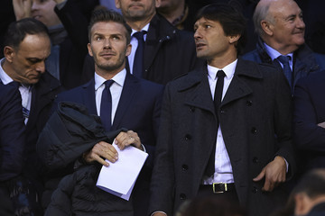 David Beckham Leonardo Valencia v Paris St Germain - UEFA Champions League Round of 16