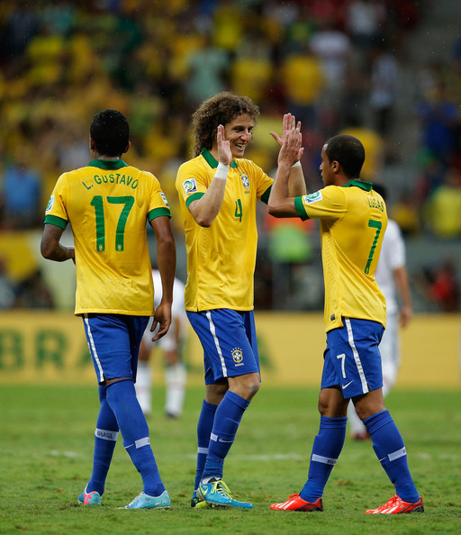 Neymar And Lucas Moura: David Luiz Lucas Moura Photos Photos