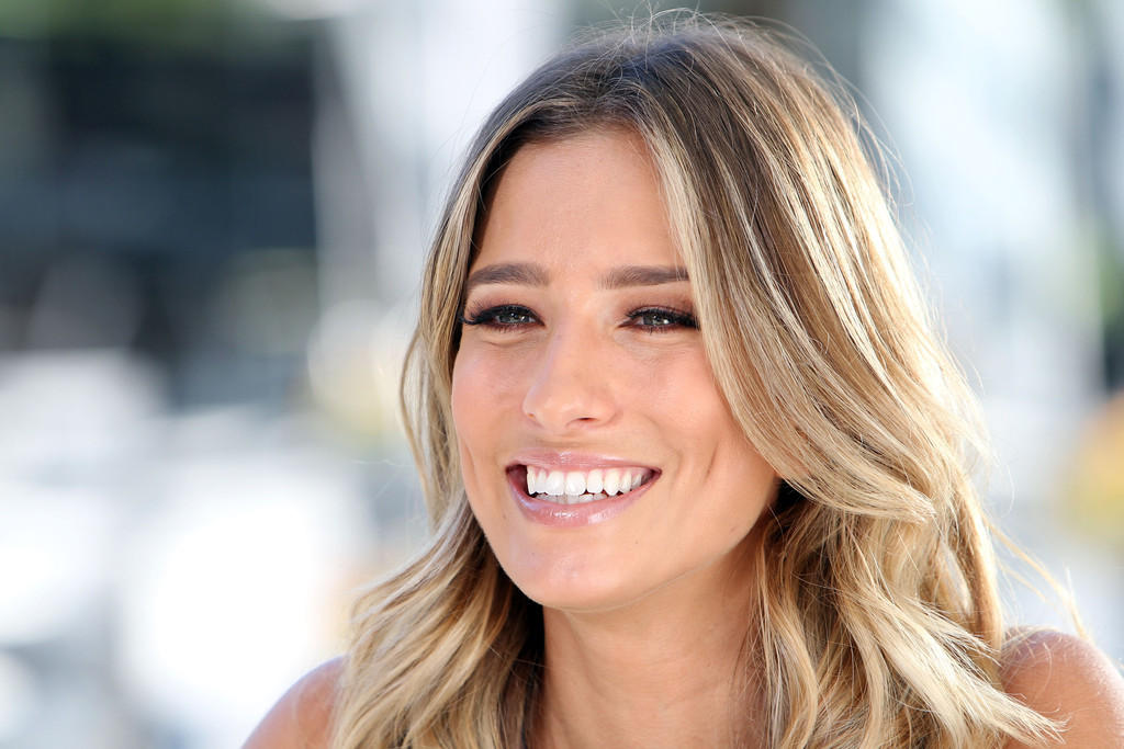 Extra renee bargh dating 3