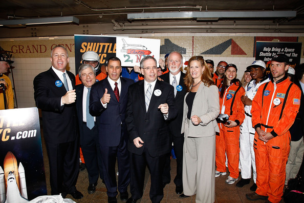 Space-Costumed New Yorkers Support Bringing NASA Shuttle to Intrepid Museum