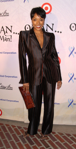 Kellita Smith Actress Kellita Smith attends the Debbie Allen Dance Academy's ...