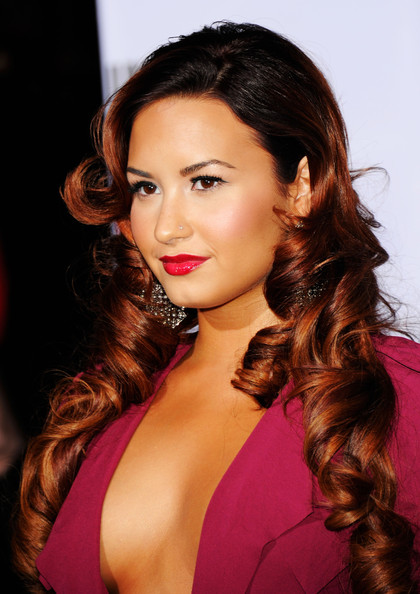 Demi Lovato Singer/actress Demi Lovato arrives at the 12th annual Latin GRAMMY Awards at the Mandalay Bay Resort & Casino on November 10, 2011 in Las Vegas, Nevada.