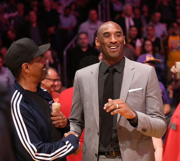 Denzel Washington and Kobe Bryant Photos Photos New York Knicks v