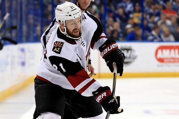 Derek Stepan Arizona Coyotes v Tampa Bay Lightning