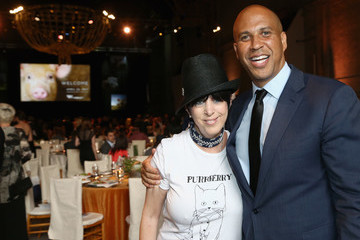 Diane Warren The Humane Society of the United States' to the Rescue Los Angeles Gala - Inside
