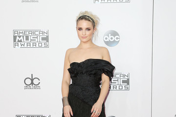 Dianna Agron Arrivals at the American Music Awards — Part 2