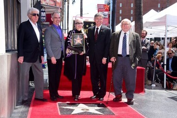 Dick Van Dyke Barbara Bain Honored With Star on the Hollywood Walk of Fame