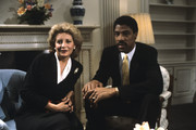 """20/20 - 1/9/84 .Barbara Walters interviewed NBA basketball player Julius Erving on ABC News' """"20/20"""" airing on the ABC Television Network. .(Photo by ABC News via Getty Images).BARBARA WALTERS, JULIUS ERVING"""