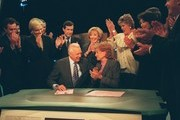 """20/20 - 9/24/99  .Hugh Downs was honored by colleagues  Arnold Diaz, John Stossel, Diane Sawyer, Charles Gibson, Chris Wallace, Hugh Downs, Sylvia Chase, Barbara Walters, Lynn Scherr, Connie Chung and Tom Jarriel from ABC News during the taping of Mr. Downs last broadcast of """"20/20"""", Friday, Sept. 24, 1999. ."""