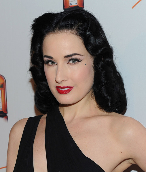 http://www3.pictures.zimbio.com/gi/Dita+Von+Teese+Dita+Von+Teese+Launches+My+QWz4gMBY5ill.jpg