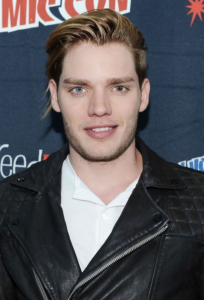 dominic sherwood – song for a friend
