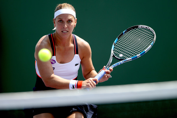 Dominika Cibulkova Slams Sharapova's Stuttgart Return