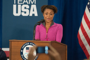 Dominique Dawes First Lady Michelle Obama Greets Members of the 2012 Team USA