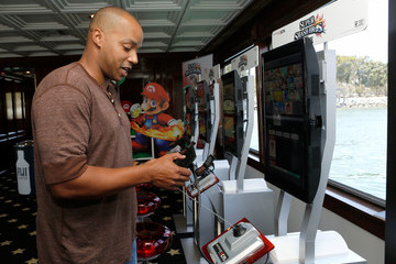 Donald Faison Nintendo Lounge at Comic-Con