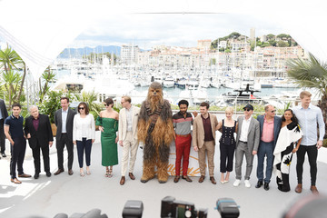 Donald Glover Emilia Clarke 'Solo: A Star Wars Story' Official Photocall At The Palais Des Festivals During The 71st International Cannes Film Festival