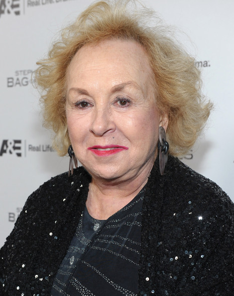 doris roberts net worth