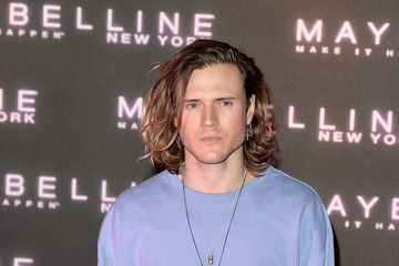 Dougie Poynter Maybelline Bring on the Night Party