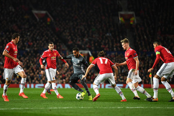 Douglas Manchester United v SL Benfica - UEFA Champions League