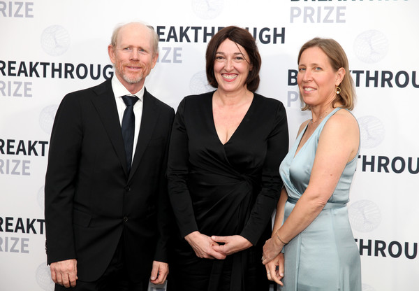2019 Breakthrough Prize - Backstage