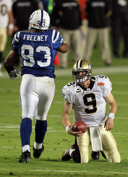 http://www3.pictures.zimbio.com/gi/Drew+Brees+Dwight+Freeney+Super+Bowl+XLIV+OLuDwg--AP2l.jpg